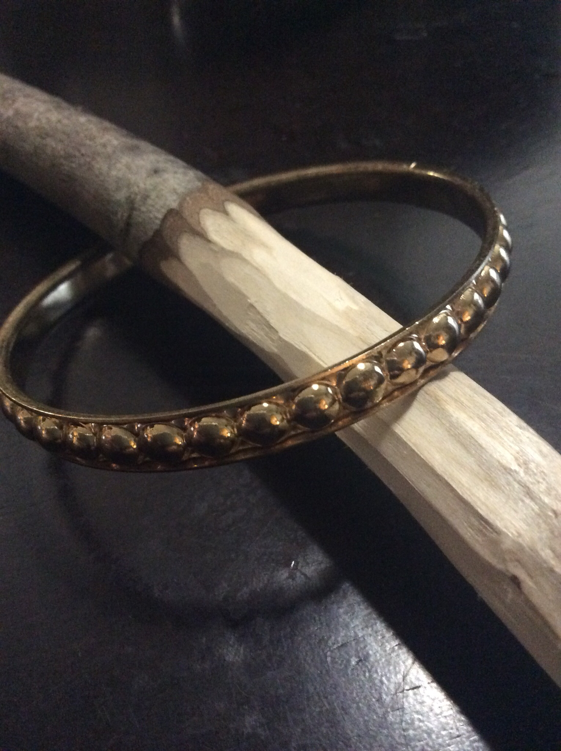Bracelet anoint with Tao principle of Wu Wei