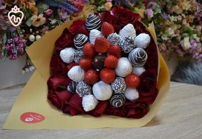 მარწყვი & ვარდები | Strawberries & Roses