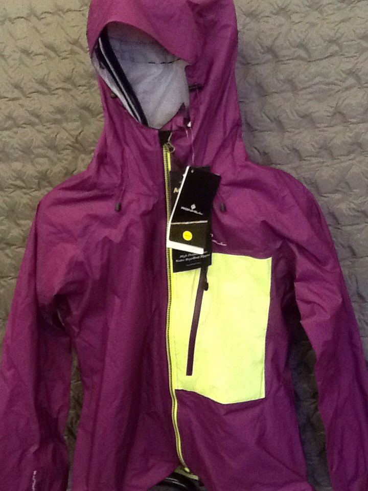 RONHILL INFINITY TORRENT JACKET GRAPE/FLUO YELLOW 10