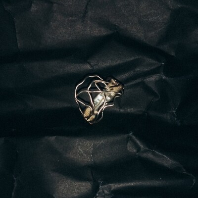 *SIZE 6 Wave Ring