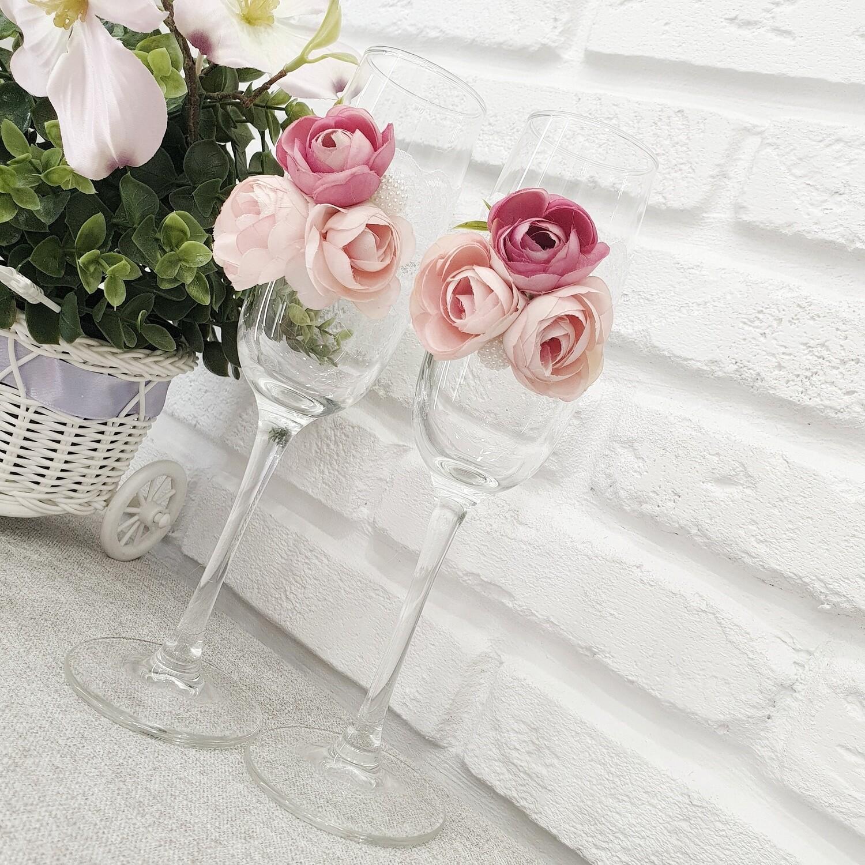 Бокалы (прозрачные,цветы)