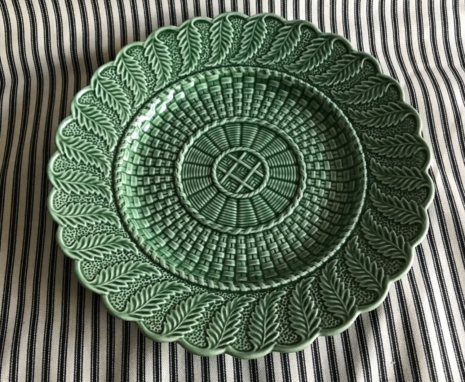 Vintage Bordallo Pinheiro Basketweave Green Round Plate