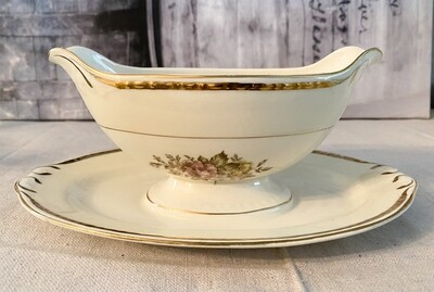 Homer Laughlin Eggshell Georgian English Regency Gravy Boat with Attached Underplate