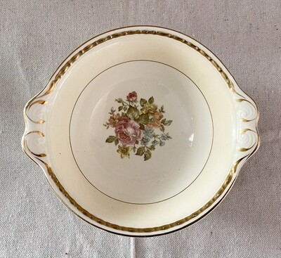 Homer Laughlin Eggshell Georgian English Regency Lugged Cereal Bowl