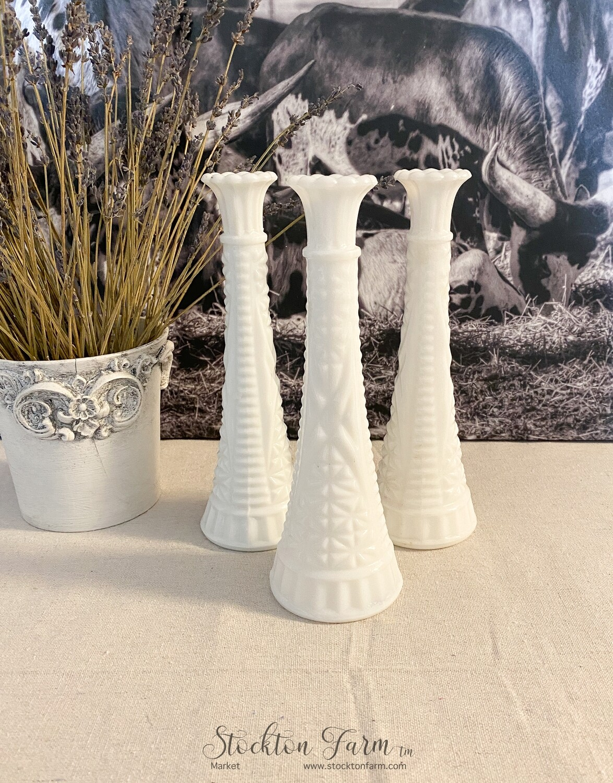 "Anchor Hocking Milk Glass Bud Vase Stars & Bars Pattern 9"""