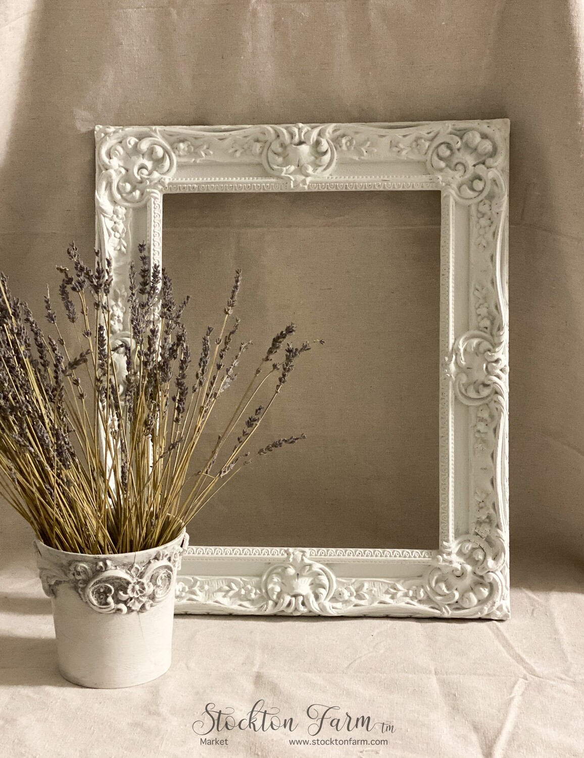 French Country Inspired White 11 x 14 Decor Frame