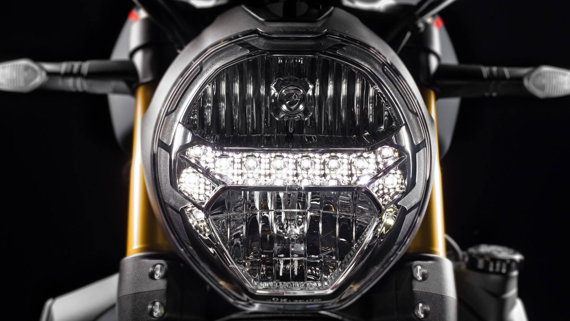 Monster 1200S Black 2020