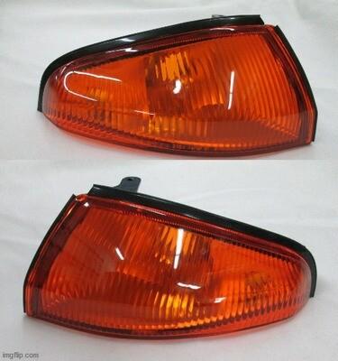 PAIR GENUINE NISSAN SKYLINE R32 GTR FRONT TURN SIGNAL LAMPS 26124-05U00 26129-05U00
