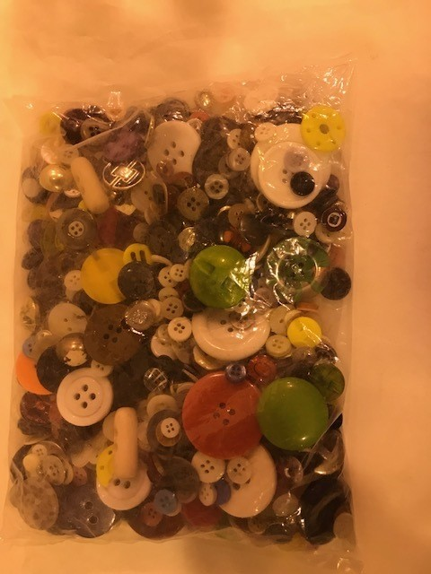 Craft Button, assorted colors and size, 1lb/pkg