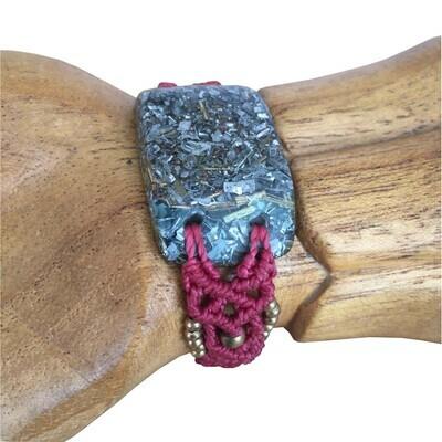 Orgonite Macrame Bracelet Pink - Clear Quartz