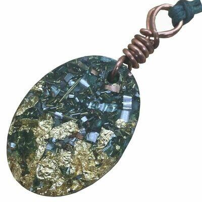 Orgonite Oval Mini Pendant Necklace Green - Clear Quartz
