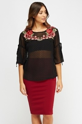 Applique Flare Sleeve Top
