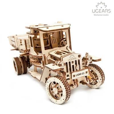 """ხის მექანიკური მოდელი """"სატვირთო მანქანა UGM-11"""""""