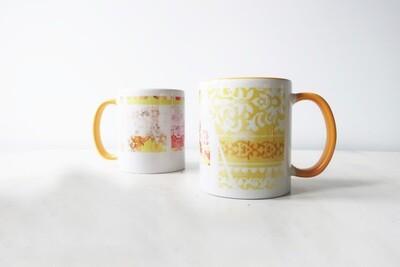 Distressed yellow vintage design mug