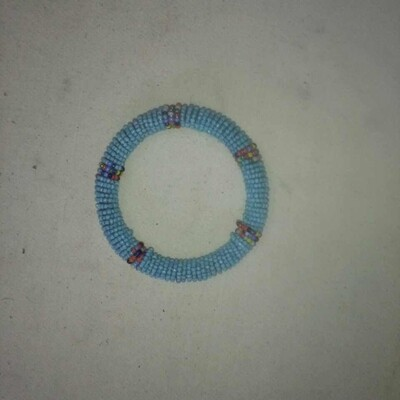 የእጅ ጌጥ Bracelet