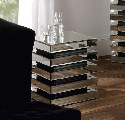Yearn Mirror Finish Lamp Table