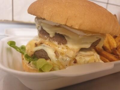 Spicy Brie Poivre - Burger Box