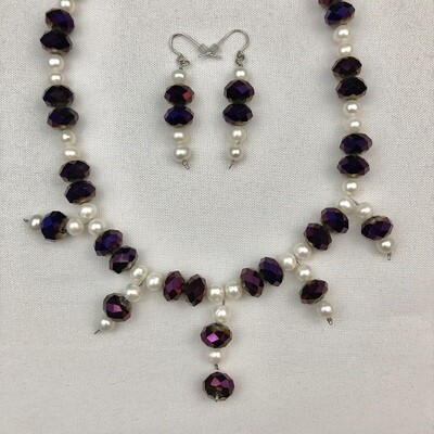 Freshwater Pearls & Crystal Pearl necklace & Earring Set