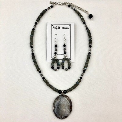 Labraborite & Onyx Necklace & Earring Set