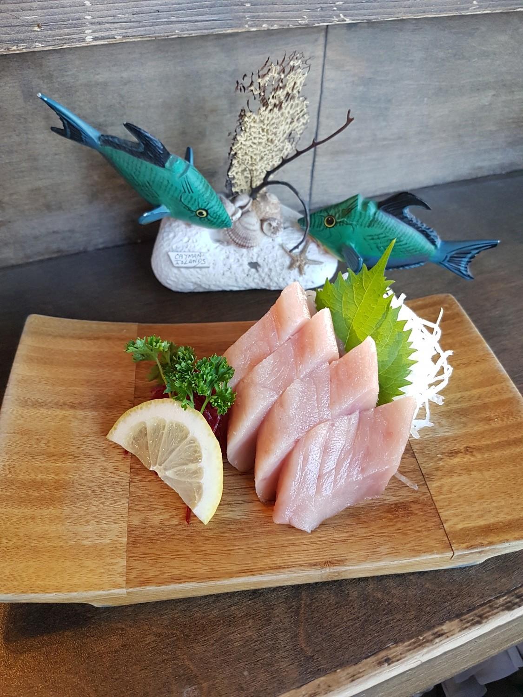 Tuna Sashimi (Half)