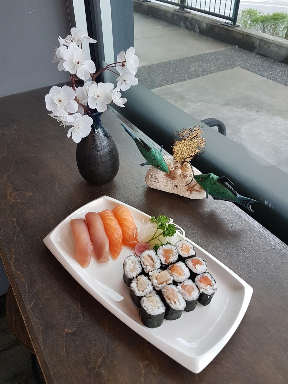 Salmon & Tuna Combo