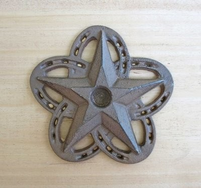 Horseshoe Star Candle Holder ~ RB78277