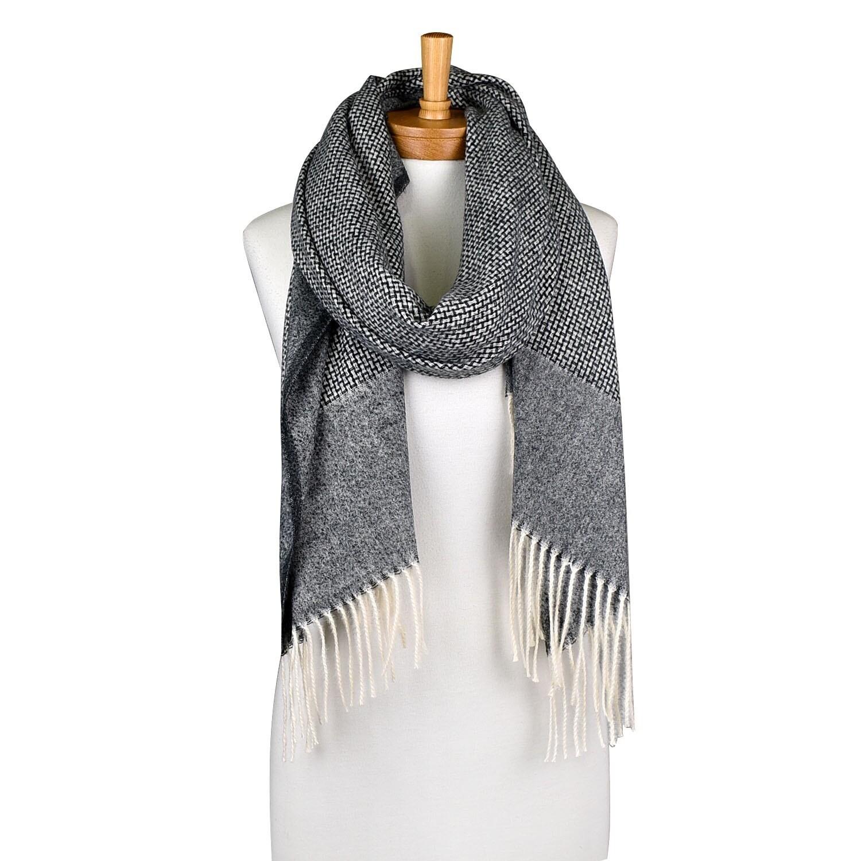 Bamboo knit Scarfe Charcoal THSS2018