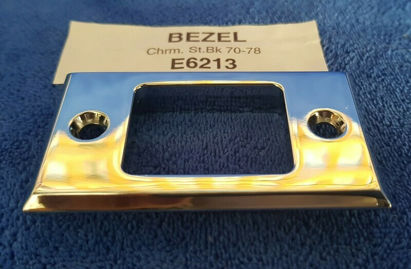 BEZEL-SEAT BACK RELEASE-CHROME-70-78 (#E6213) 5A4