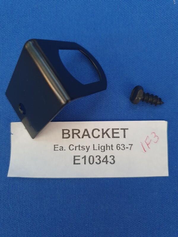 BRACKET-COURTESY LIGHT-63-67 (#E10343) 1F2