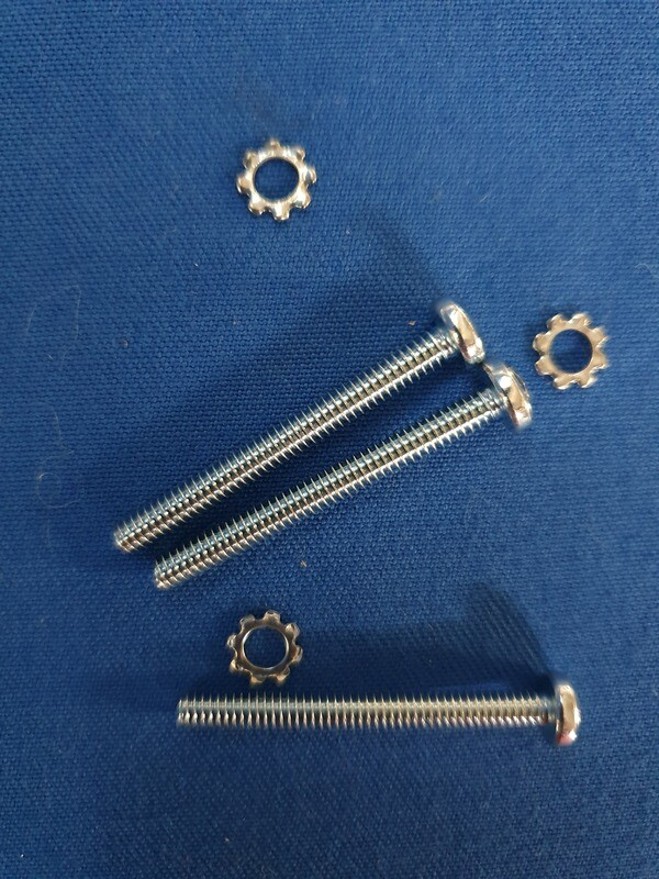 SCREW SET-HORN CONTACT-WITH TILT AND TELESCOPIC STEERING COLUMN-3 PIECES-69-82 (#E7671) 1D1