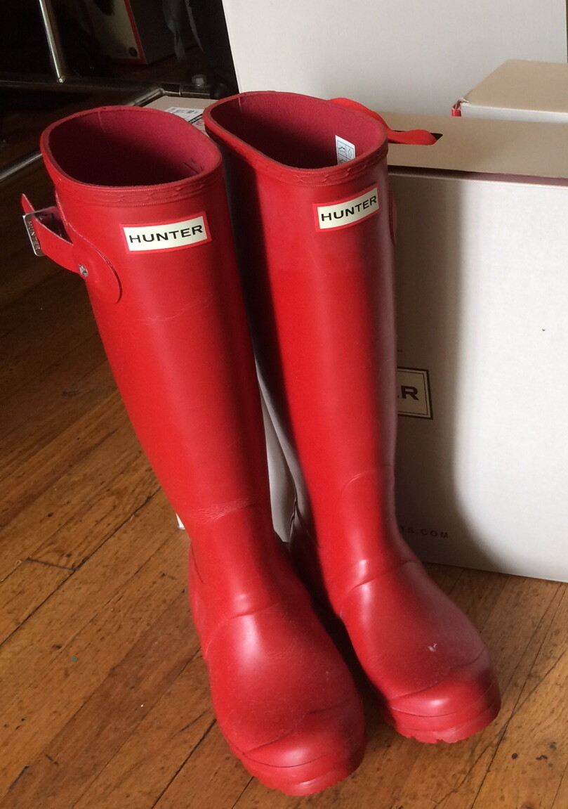 Hunter Boots Tall Red Matte Size 9