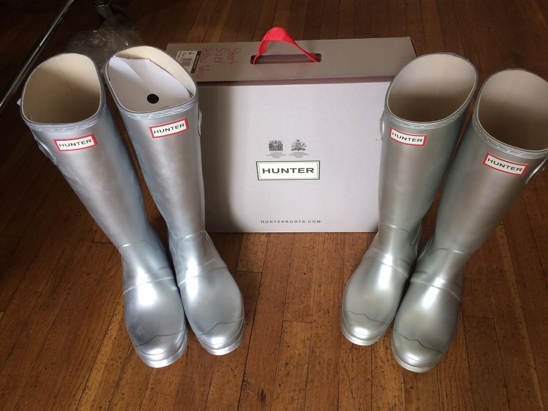 Hunter Boots Tall Matte Silver Size 9