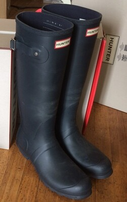 Hunter Boots Tall Matte Navy Size 9