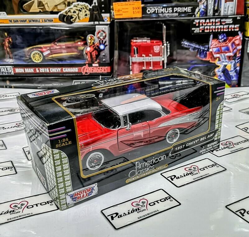 1:24 Chevrolet Bel Air Coupe 1957 Rojo C Blanco Motor Max C Caja