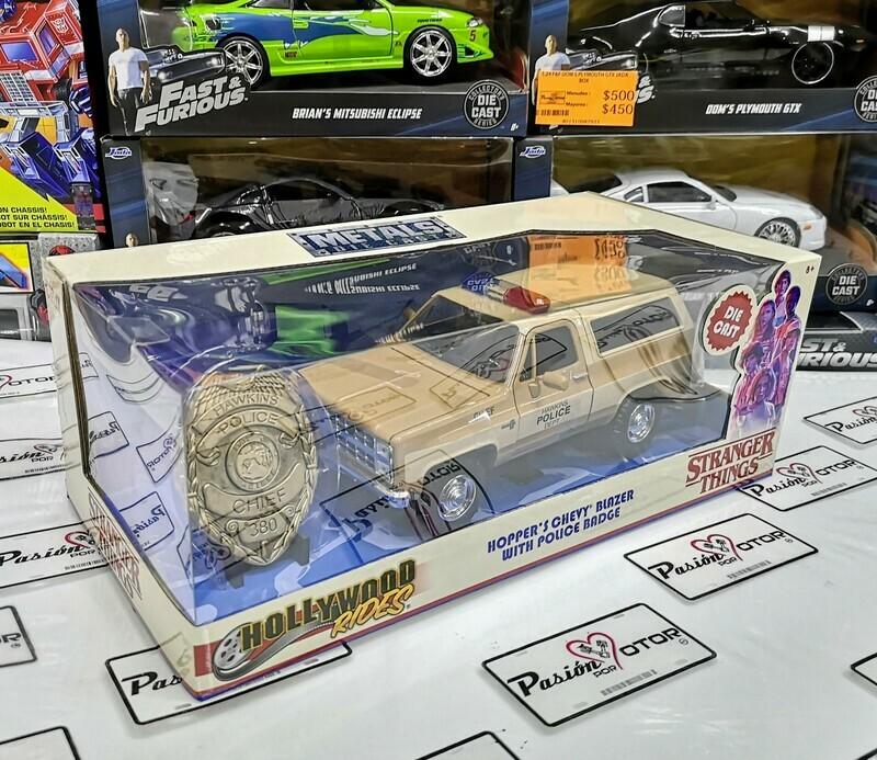 1:24 Chevrolet Blazer 1980 Hopper's Stranger Things Con Insignia de Metal Netflix Jada Toys Hollywood Rides