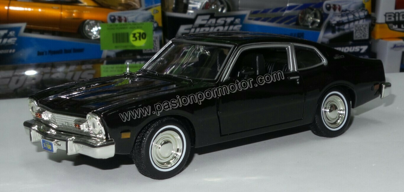 1:24 Ford Maverick Coupe 1974 Negro Motor Max En Display / A Granel