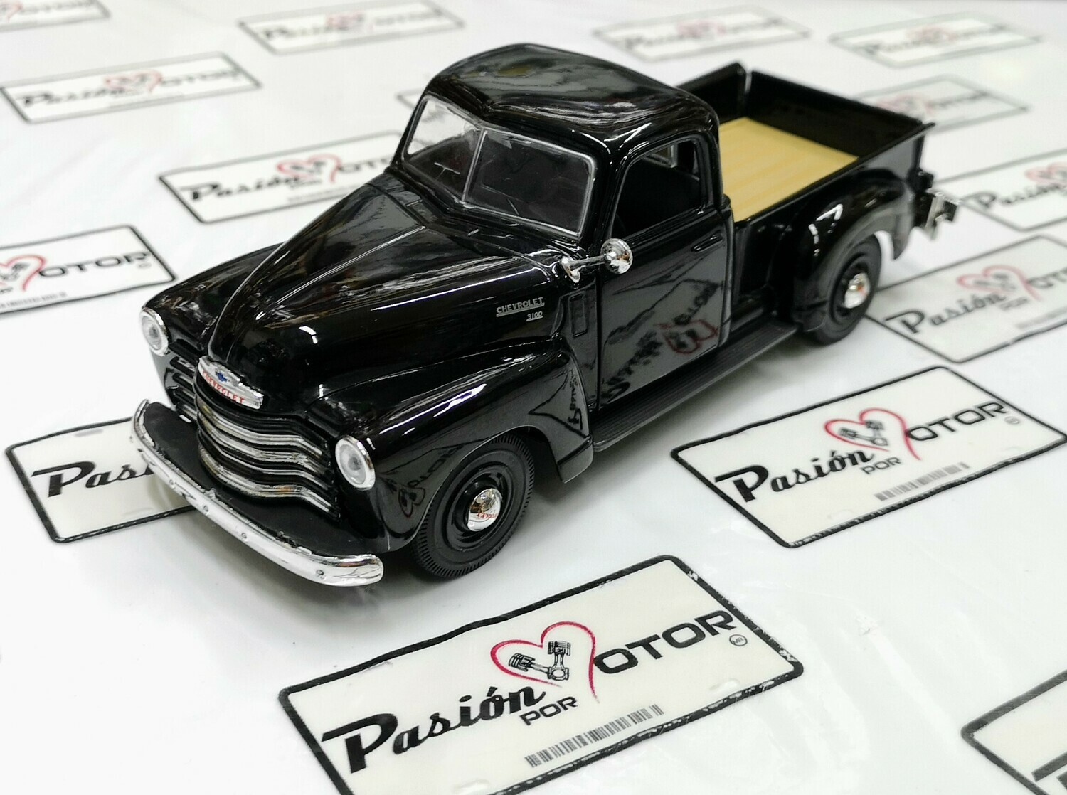 1:25 Chevrolet 3100 Pick Up 1950 Negro Maisto Special Edition En Display / A Granel 1:24
