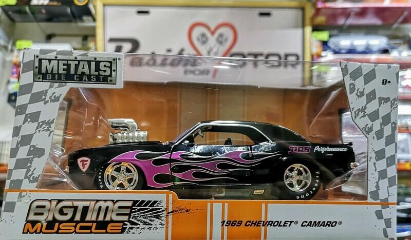1:24 Chevrolet Camaro 1969 Show Engine Negro Con Flamas Jada Big Time Muscle En Caja