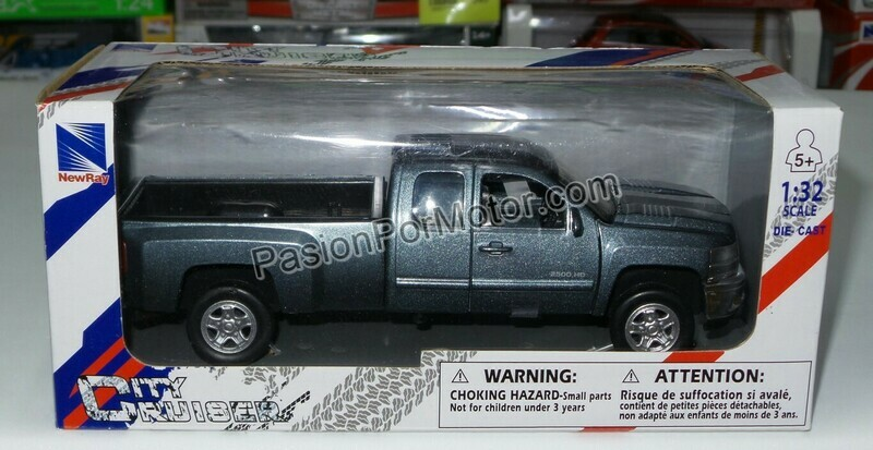 1:32 Chevrolet Silverado 2500 HD Extended Cab 2008 Gris Pick Up New Ray