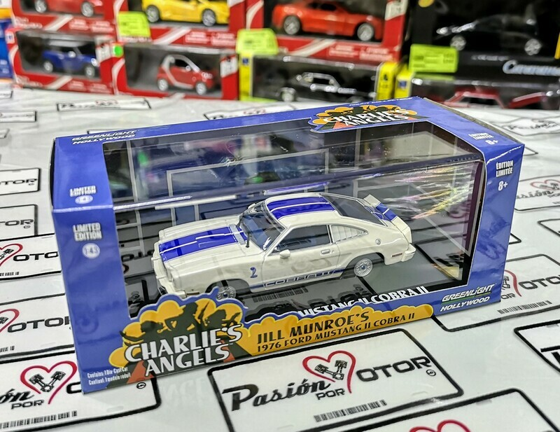 1:43 Ford Mustang II Cobra II 1976 Blanco ¨Jill Munroe´s¨ Angeles de Charlie de Greenlight Hollywood