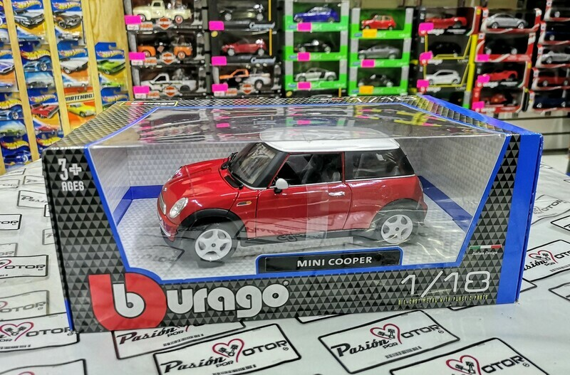 1:16 Mini Copper 2001 Rojo Techo Blanco Bburago 1:18