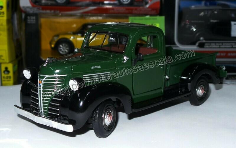 1:24 Plymouth Pick Up 1941 Verde c Negro Motor Max C Caja