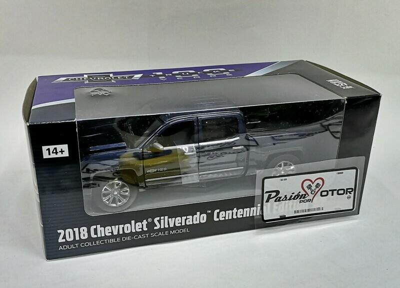 1:27 Chevrolet Silverado 2018 Centennial Edition Azul Pick Up Motor Max C Caja 1:24