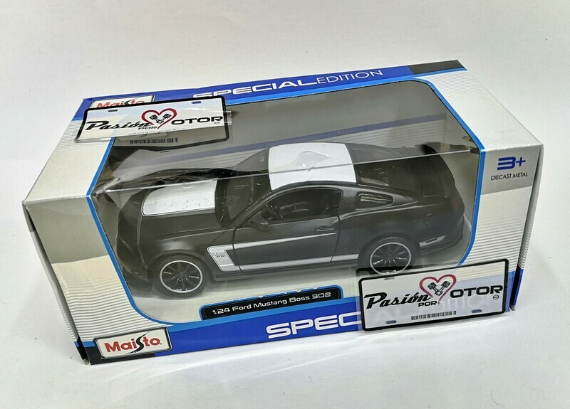 1:24 Ford Mustang Boss 302 2012 Negro Mate Maisto Special Edition C Caja
