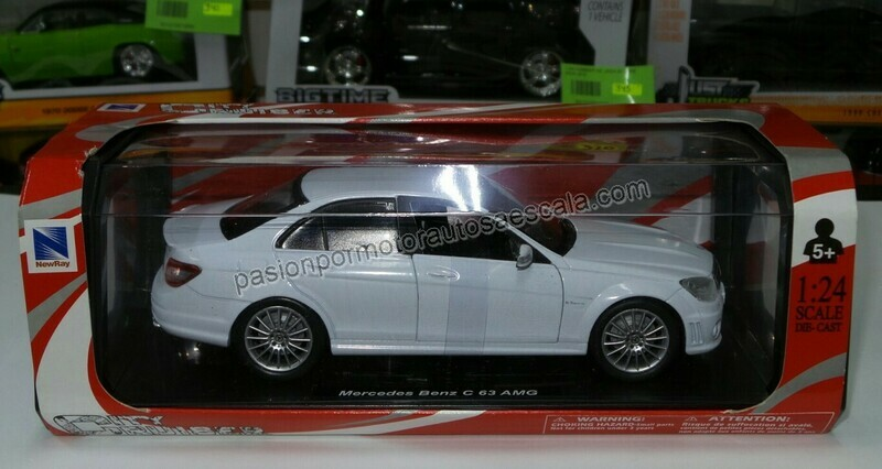 1:24 Mercedes Benz C63 2008 Blanco New Ray En Caja