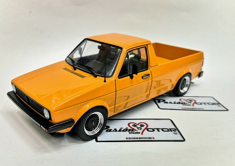 1:18 Volkswagen Caddy MKI 1982 Custom Pick Up Naranja Solido