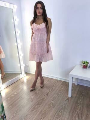 Розовое платье мини шитье