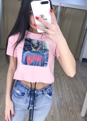 Розовая укороченная футболка