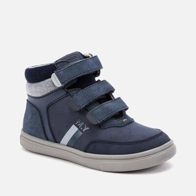Hi-Top Sneaker 44085 - 10.5