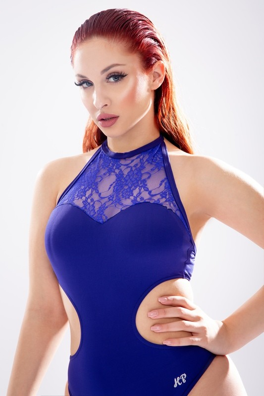 KP Body Dancer with lace on neck
